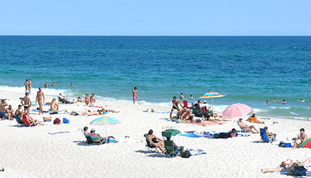 Summer Dreams In A Long Island Paradise Another Season Of Fun Cherry Grove And Fire Island Pines Quaint Community Beach Resorts